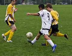 Cup Game (vs. Uxebridge) 013 (Rock Steady Images) Tags: summer toronto ontario canada canon ball kick daniel soccer 9 handheld rebelxt photoshopcs3 canonef70300mmf456 7pointsystem bypaulchambers southsimcoeunitedu15boys rocksteadyimages