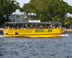 Water Bus (Colorado Sands) Tags: usa yellow america jaune boats boat us unitedstates barcos florida sightseeing barche tourists canals transportation fl bateau ftlauderdale bote waterbus browardcounty tourboats