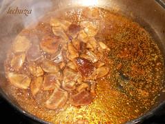 noodles de teriyaki con kombu-freir pollo