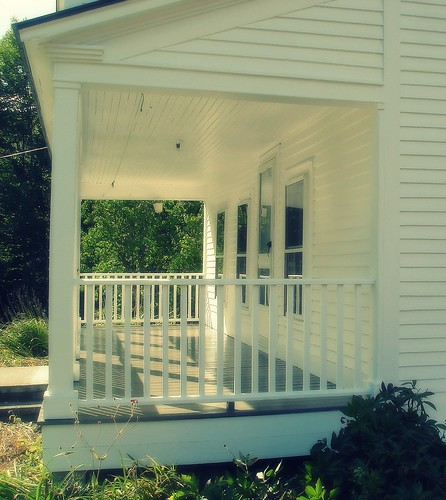 vermont house front porch
