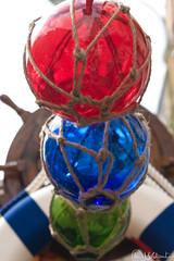Bolas de colores (ABBelmonte) Tags: madrid bolas cristal rastro