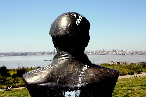 El Che y Montevideo (by morrissey)