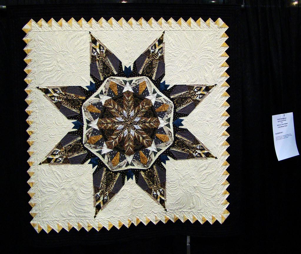 DSC02720 Quilt Kaleidostar 3 by Linda Hibbert