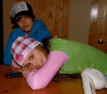 justin-bieber-ex-girlfriend%20(8)