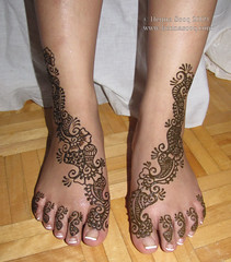 Shafaq bridal mehndi feet