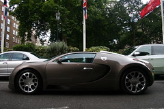 Buggati Veyron Grand Sport. (Tom Daem) Tags: london sport tom grand veyron buggati daem
