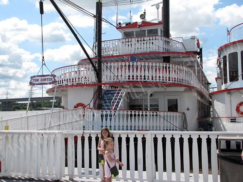 Tom Sawyer Riverboat, St. Louis, Missouri