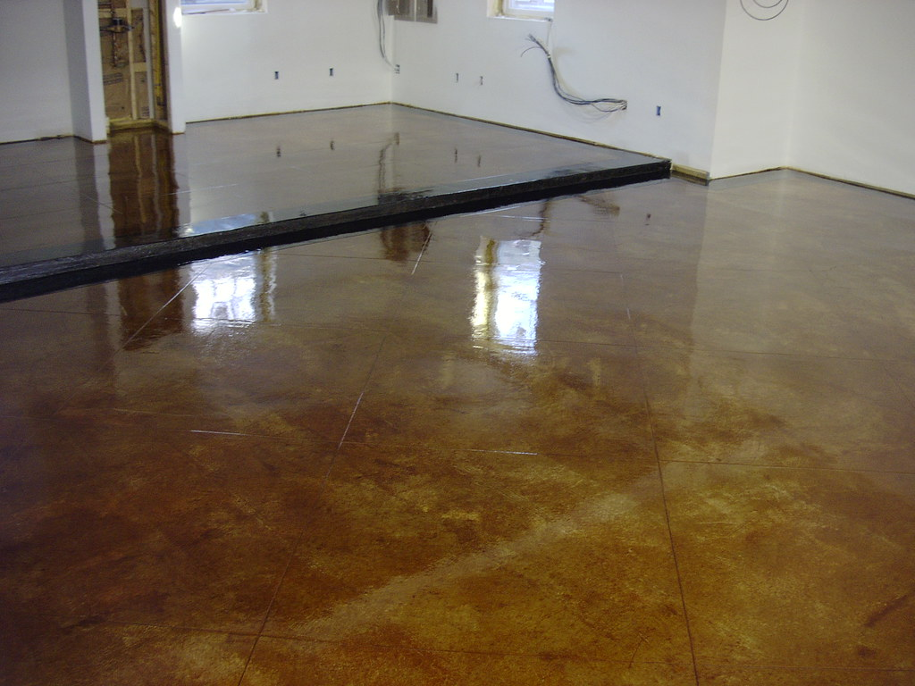 Acid Stained Garage Floor 3