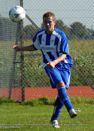 Cliffe FC vs Strensall 26Sept09