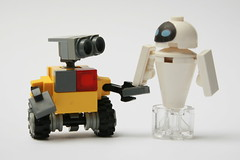 WallE & Eve (Brainbikerider) Tags: eve lego disney pixar moc walle foitsop