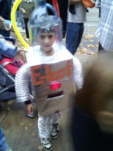 West Philly Halloween Parade (by kwbridge)