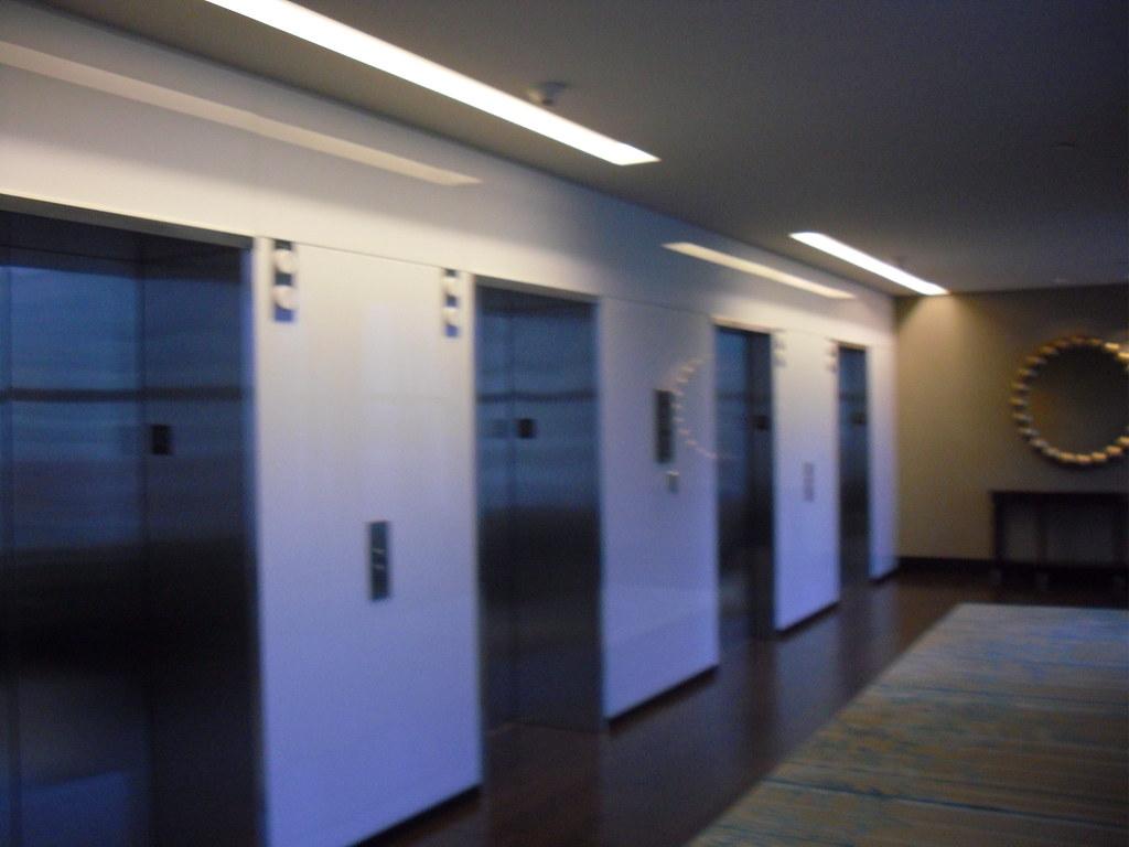 325i Floor Mats