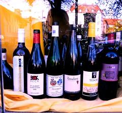 Paesaggi di..vini (giusi de angelis) Tags: vetrina vino esposizione bottiglia