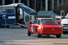 Alfa Romeo Giulia Sprint GT (Veloce) (Pieter Ameye) Tags: 6 classic cars car race canon eos is belgium 33 belgi f1 event alfa hours usm 1855mm gt 70300mm six sprint spa 2009 giulia spafrancorchamps alfaholics 400d pieterameye