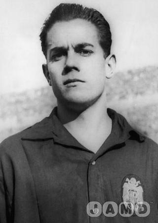 Luis Suarez (1960)12