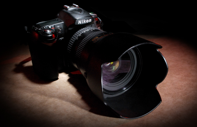 Nikon D90 w/17-55mm f/2.8 lens