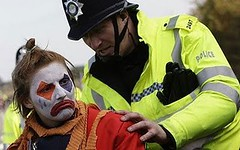 protest_clown_2