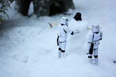 Snow Vader (Stfan) Tags: winter white snow cold toy actionfigure starwars snowman hiver stormtroopers stormtrooper neige darthvader figurine froid jouet hasbro stormtroopers365