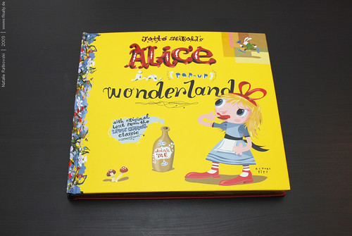 Alice in Wonderland (pop-up)