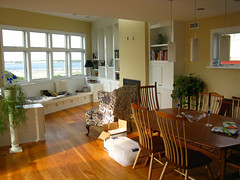 2009 05 24 - 6528 - Barnegat Light - Living Room (thisisbossi) Tags: houses usa us newjersey unitedstates nj lbi longbeachisland oceancounty barnegatlight livingrooms diningrooms