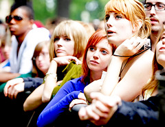 Clearly, Bowerbirds have some beautiful fans.... (kirstiecat) Tags: girls beautiful festival female women audience crowd strangers pitchfork adoring beautifulstrangers pitchforkmusicfestival