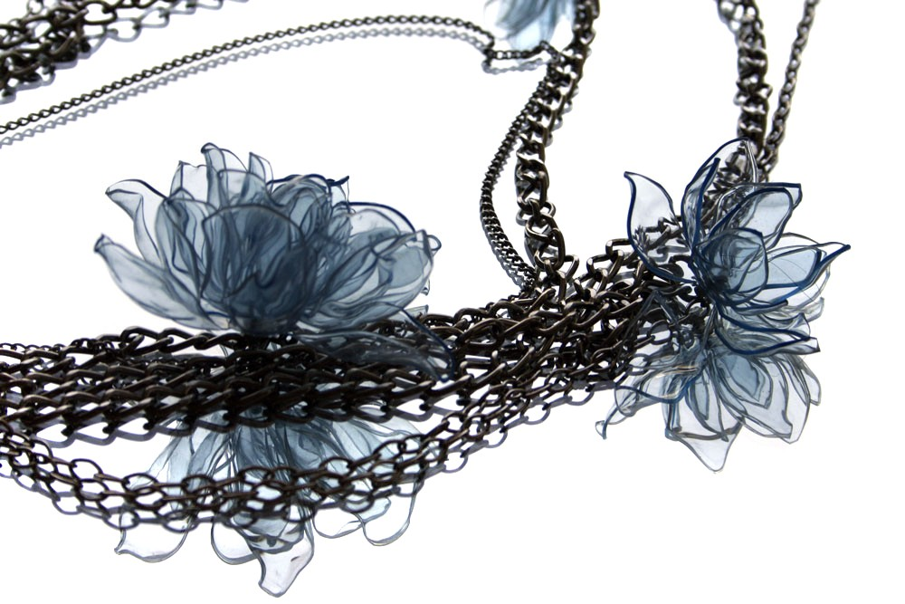 chained blues neckalce details