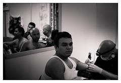(Casmon) Tags: blancoynegro guadalajara tatoo tinta diversión tatuaje agujas artecorporal rayarse sonyalphadslra200 expotatuaje2009