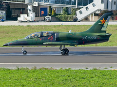 Aero Albatros L-39C LECO RA-3555K (joseluismaquieira) Tags: spain coruña small jet running militar albatros aero leco coru l39c corua ra3555k