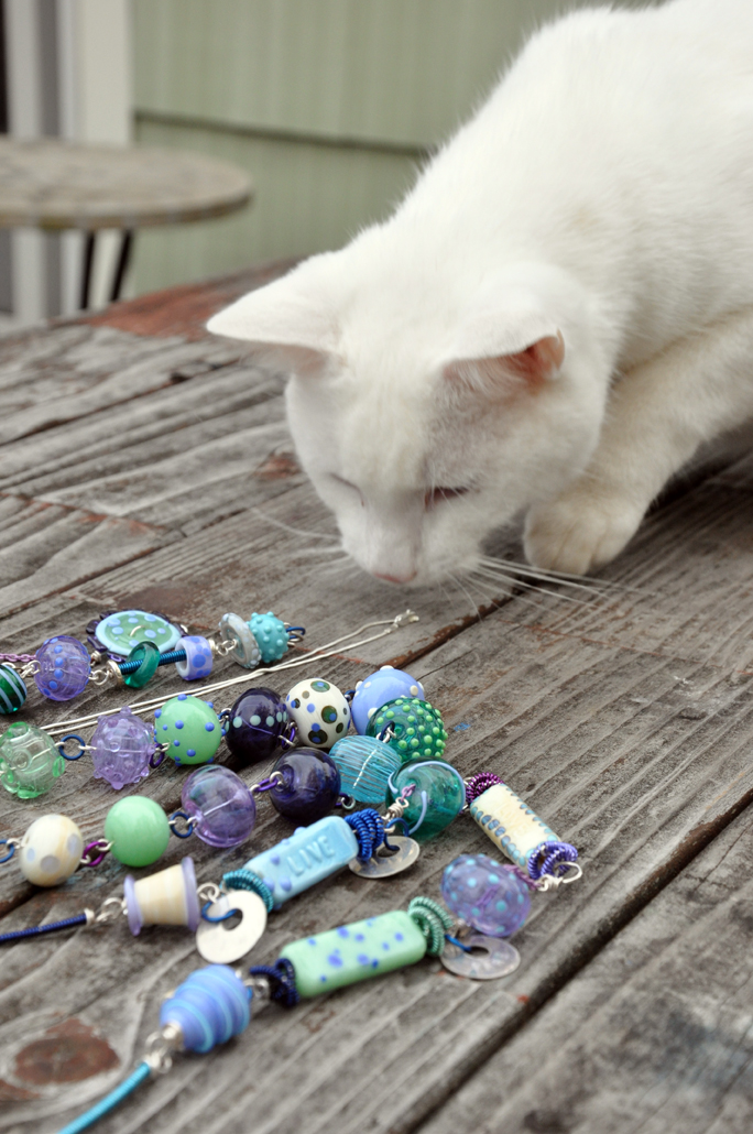 jewelry assistant