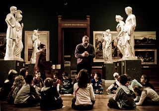La classe nella Sala Dell'Ercole - The class and Canova