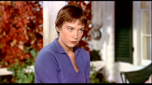 Shirley MacLaine before UFOs came for her spirit