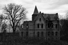 The House of Usher (Desolate Places) Tags: house abandoned valley hudson