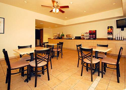 Comfort Inn Fountai Hills, AZ (480) 837-5343