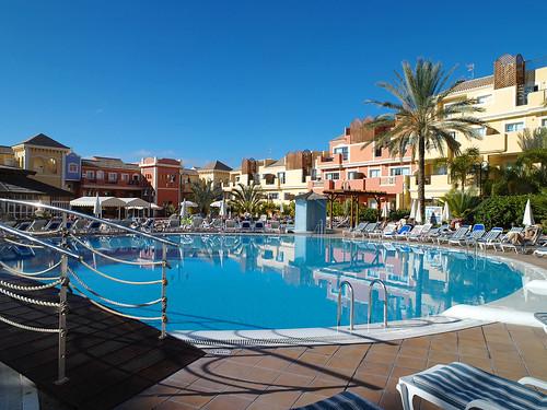 Granada Park Pool