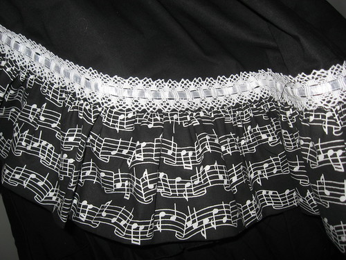 Music Note Applique Reversible Overskirt 007