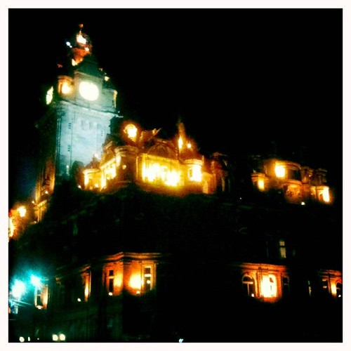 <span>edimburgo</span>Edimburgo by night<br><br><p class='tag'>tag:<br/>cultura | viaggio | edimburgo | edi | </p>
