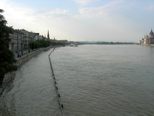 Donau flood at Budapest, 2009 June 29 #4