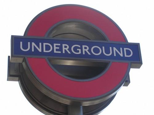 Entrada do metro em Londres