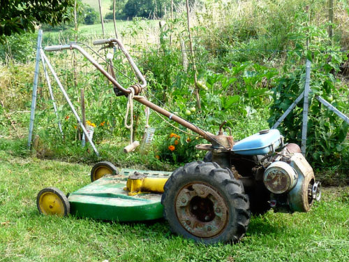 Old-fashioned lawn mower