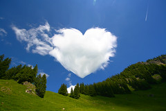 Heart cloud in Allgu (Giuseppe Bognanni) Tags: cloud heart romantic shape allgu