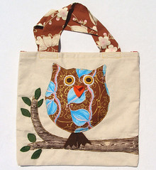 owlbag4 (pastelly) Tags: original trees tree cute art nature animal animals bag children stuffed soft artist child market handmade folk earth embroidery ooak crafts craft folklore retro plush canvas artsy plushies softie softies gifts fabric purse owl indie plushie friendly handsewn bags etsy fiber creatures creature applique eco purses tote collectibles owls whimsical needlecraft totes softy folksy folky child's pastelly