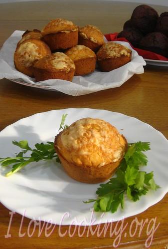 Muffins salati al formaggio