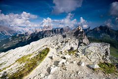 Dal Nuvolau (johnny XXIII & francy VI) Tags: italy panorama mountains montagne landscape italia dolomiti veneto nuvolau canon30d sigma1020 goldstaraward lastoidelformin absolutelystunningscapes dragondaggerphoto dragondaggeraward