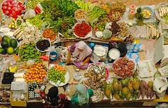 Malaysia (Padmanaba01) Tags: pictures travel food holiday news thailand newspaper essen reisen asia asien open tank image market pics muslim landwirtschaft grow free vegetable images meat mais hunger malaysia hungry markt ferien source crisis kota baru brot wetter