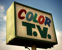 Color TV (avilon_music) Tags: california signs sign vintage la losangeles tv motel olympus signage southerncalifornia motels motelsign oldsigns vintagesigns colortv motelsigns olympuse510 viewmotel markpeacockphotography tvsigns avilonmusic