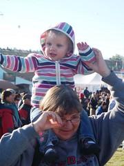 Ballooning with Nanny (Ludeman99) Tags: eowynlouisebitner balloonfiesta2009 patbitner