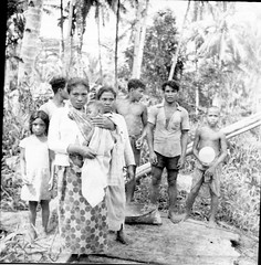 Family of the sago worker