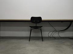 workstation (LichtEinfall) Tags: weimar universitätweimar bibliothek arbeitsplatz stuhl chair computerarbeitsplatz workstation computerworkstation netzwerkanschluss networkconnection raperre oa309biblako table tisch