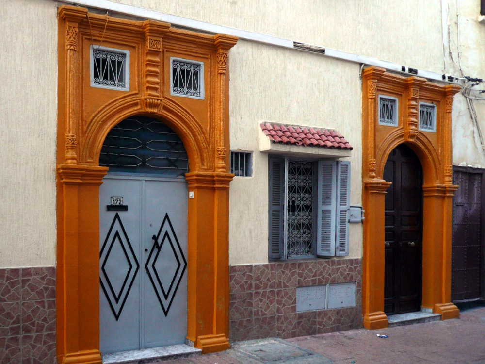 Puertas moriscas en la medina de Rabat