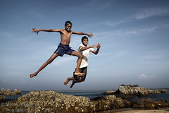 Peter Pans (Light and Life -Murali ) Tags: friends boy sky india beach boys children happy jump joy smiles peterpan gift cheers karnataka frontpage malpe peterpans explored explorefrontpage malpebeach stmariesisland